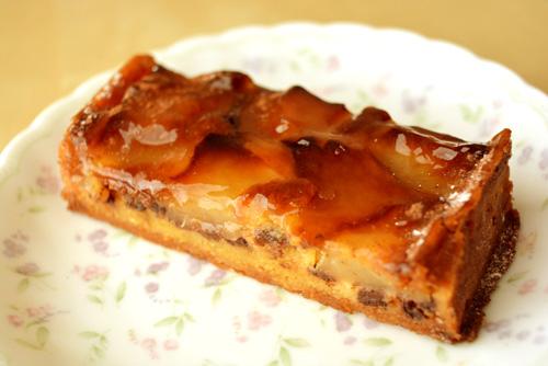 【ケーキ】リョーコ「洋梨とショコラのタルト」 (1)