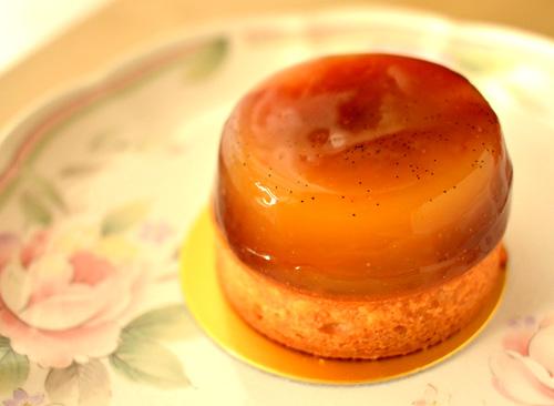 【ケーキ】パリセヴェイユ「タルトポンムユズ」 (2)