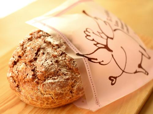 【ケーキ】エチエンヌ「ブタのおしり(キャラメル風味)」 (4)