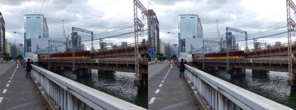 寝屋川橋からの京阪電車(平行法)