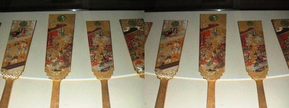 姫路城西の丸渡櫓展示 千姫奉納羽子板(交差法)