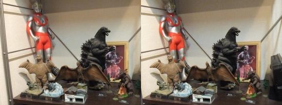 MOTOs Museum 円谷英二展示館(平行法)