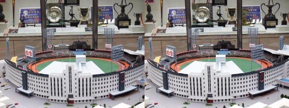 阪急西宮ギャラリー 西宮球場模型(平行法)