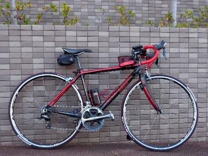 自転車と壁