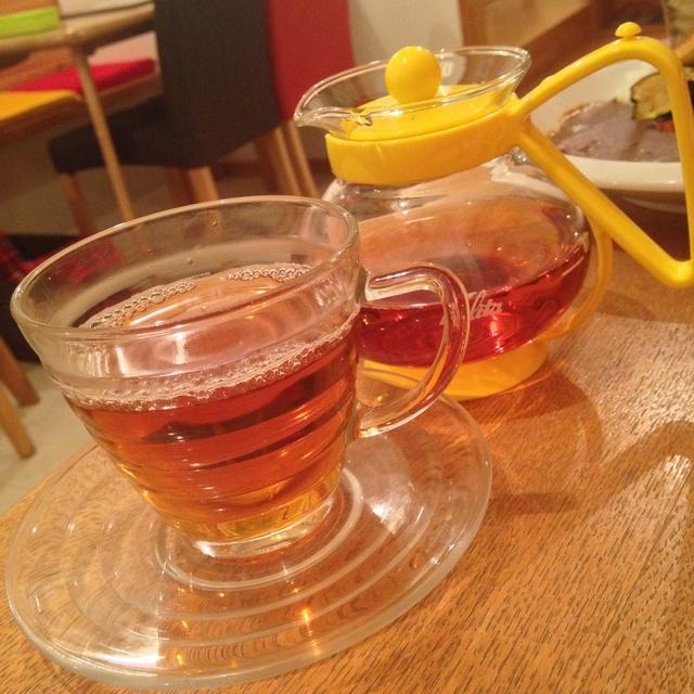 リーブ21が重大発表 「ウーロン茶に育毛効果を確認しました!」