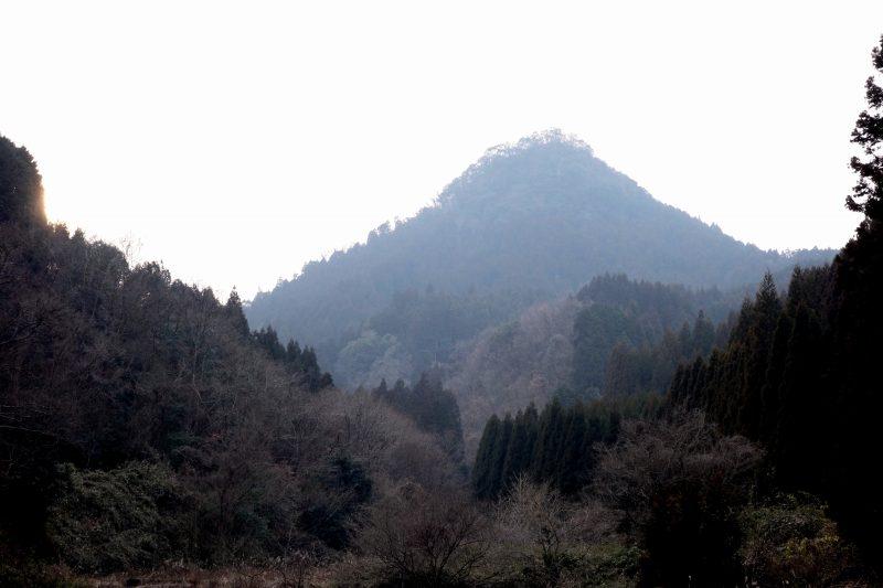 とんがり山 (2)