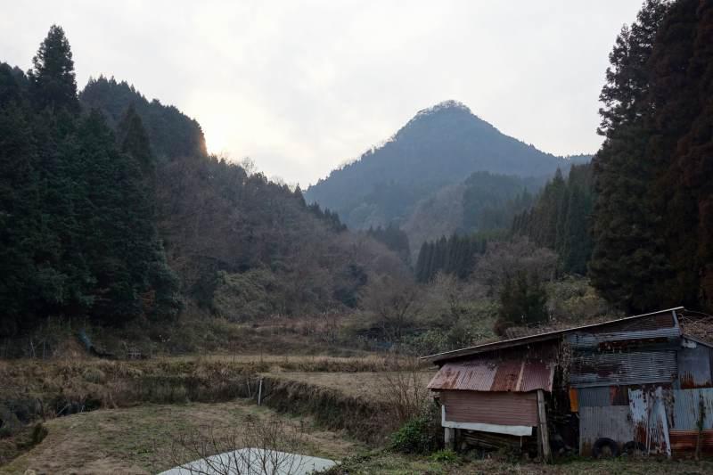 とんがり山 (1)