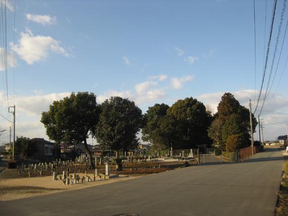 隆子女王の墓01