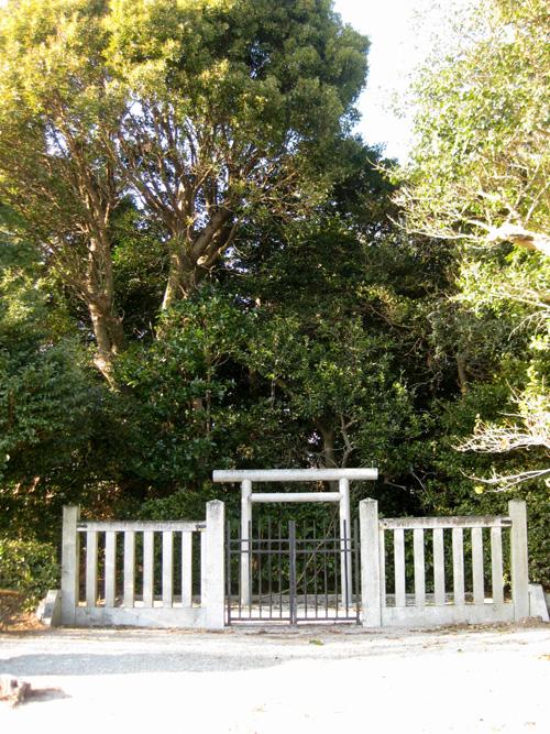 隆子女王の墓06