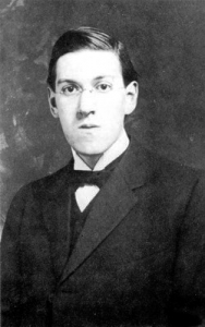 Howard_Phillips_Lovecraft_in_1915_(2).jpg