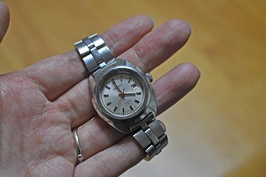お母さん腕時計