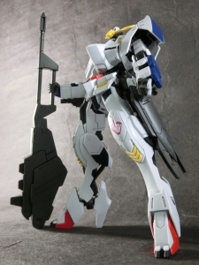 HG-GUNDAM-BARBATOS6th0083.jpg