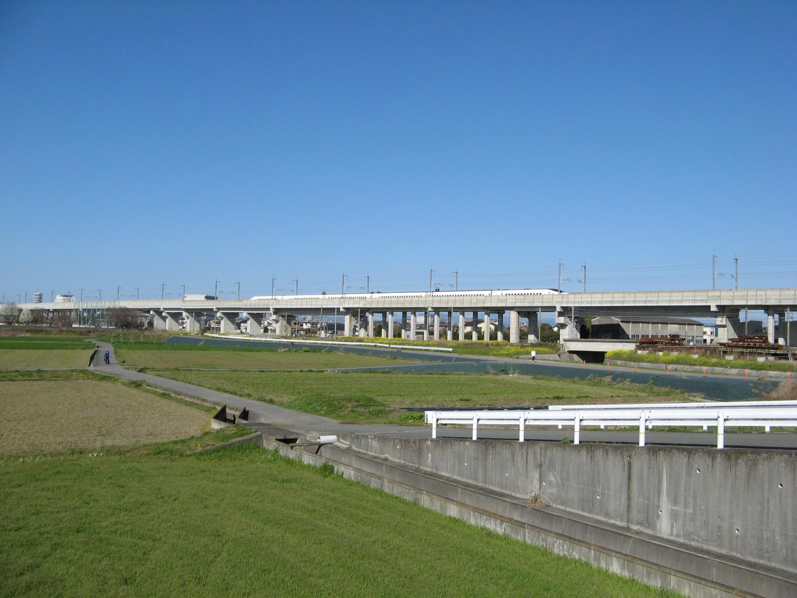 shinkansen-tsu.jpg