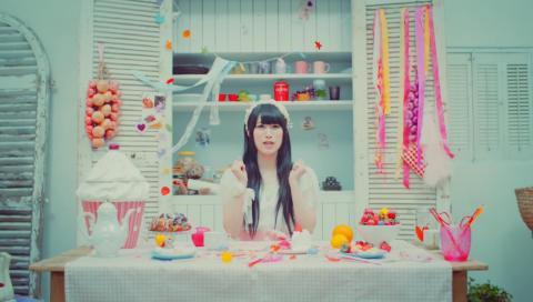 Sweet Sensation / 村川梨衣