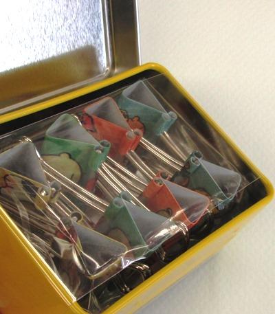 缶入りクリップヌーピー (2)