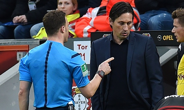 Leverkusen against Dortmund halted after manager refuses to accept red card