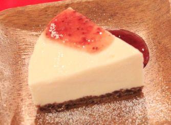 濃厚レアチーズケーキ