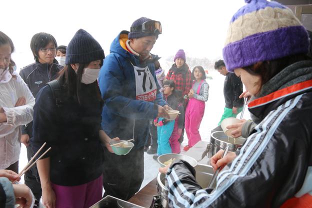 20160211高穂スキー場祭り