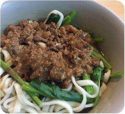 施家鮮肉湯圓麺