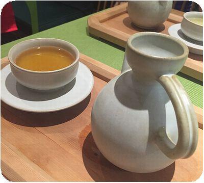 串門子茶館お茶2