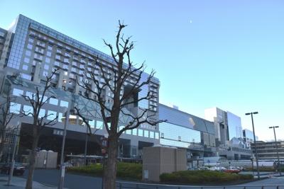 2016元日JR京都駅下弦の月