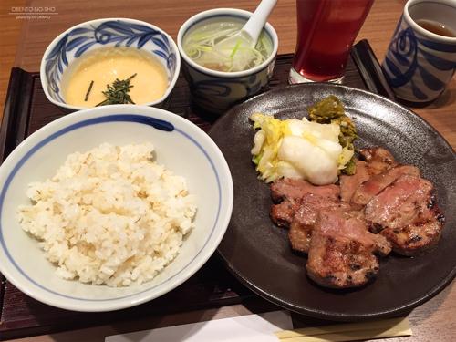 2015年冬コミご飯@牛たん青葉 小田急新宿店01