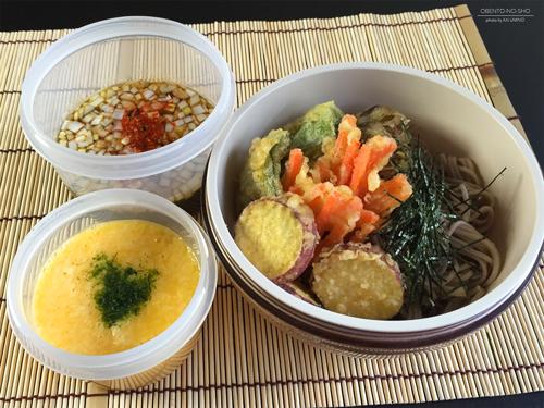 野菜天のとろろ蕎麦弁当01