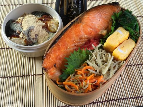 鮭明太子&豆腐わらび餅弁当01
