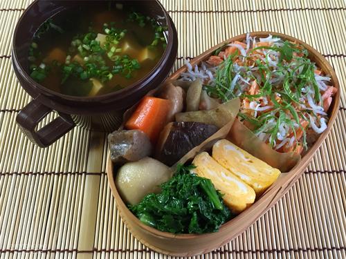 焼き鮭しらすご飯弁当01
