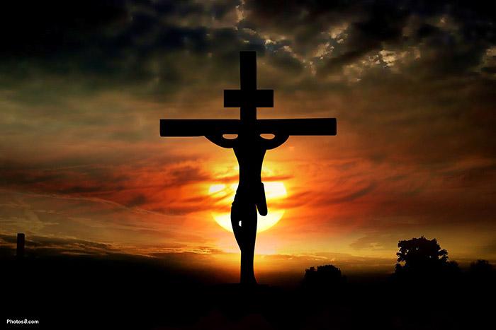 キリスト教→諸悪の根源、フリーメイソンの高位(悪魔崇拝)→かっこいいクール