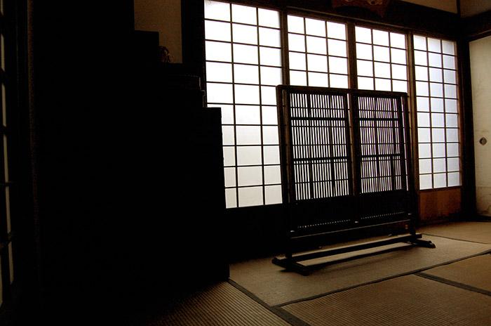 封印された日本のタブー「おじろくおばさ」隔絶された集落の奇妙な風習とは