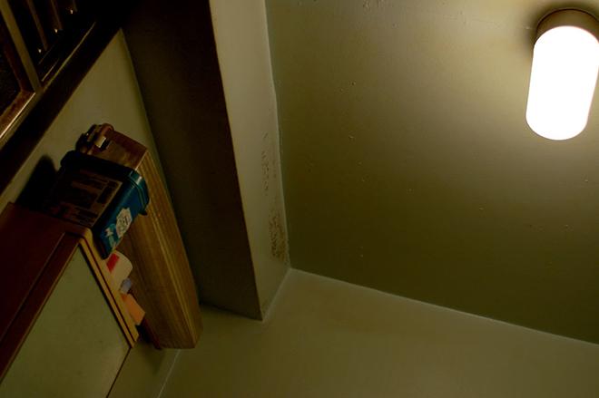 【怖い話】天井の影