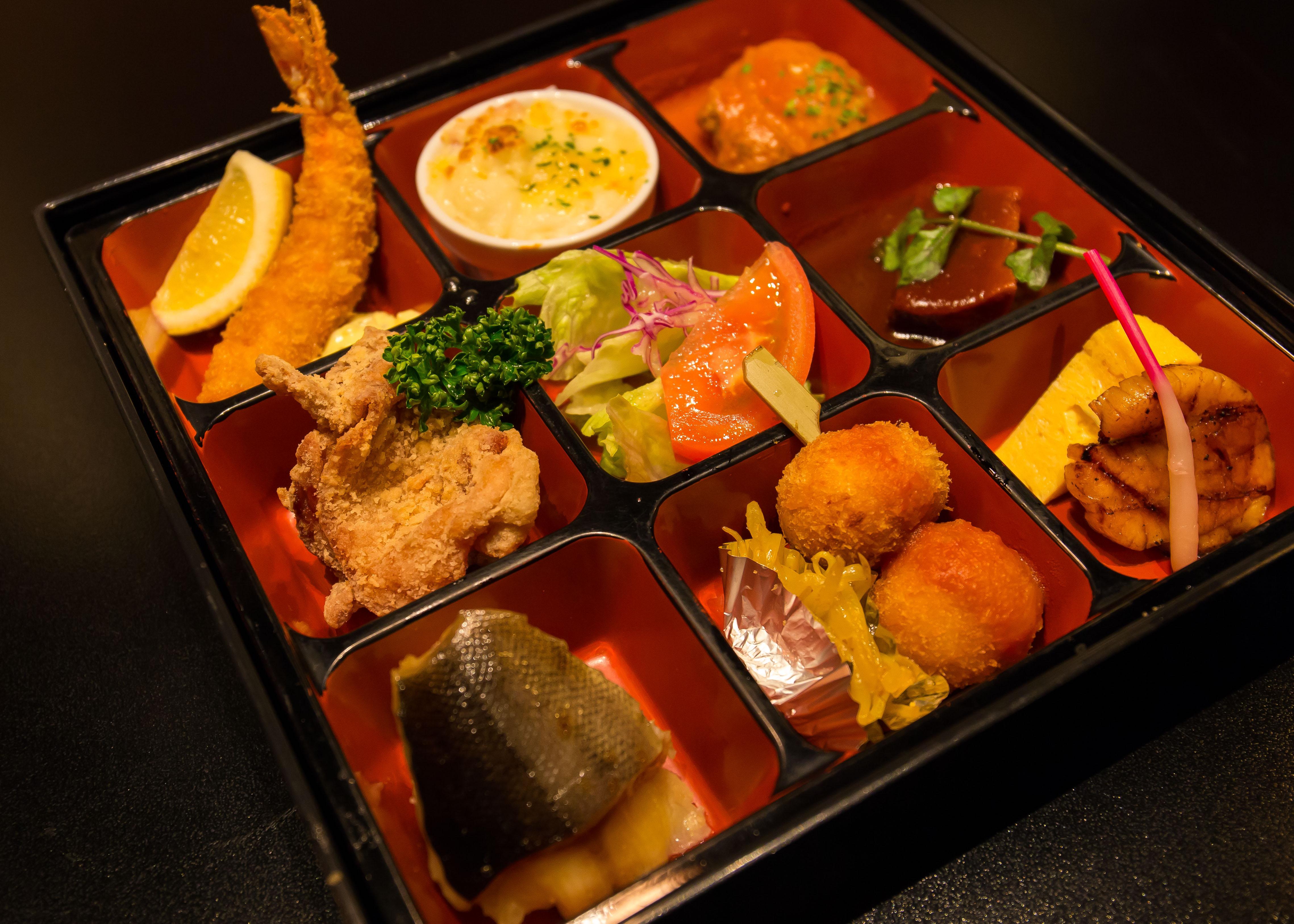 赤坂津つ井で会食(3)