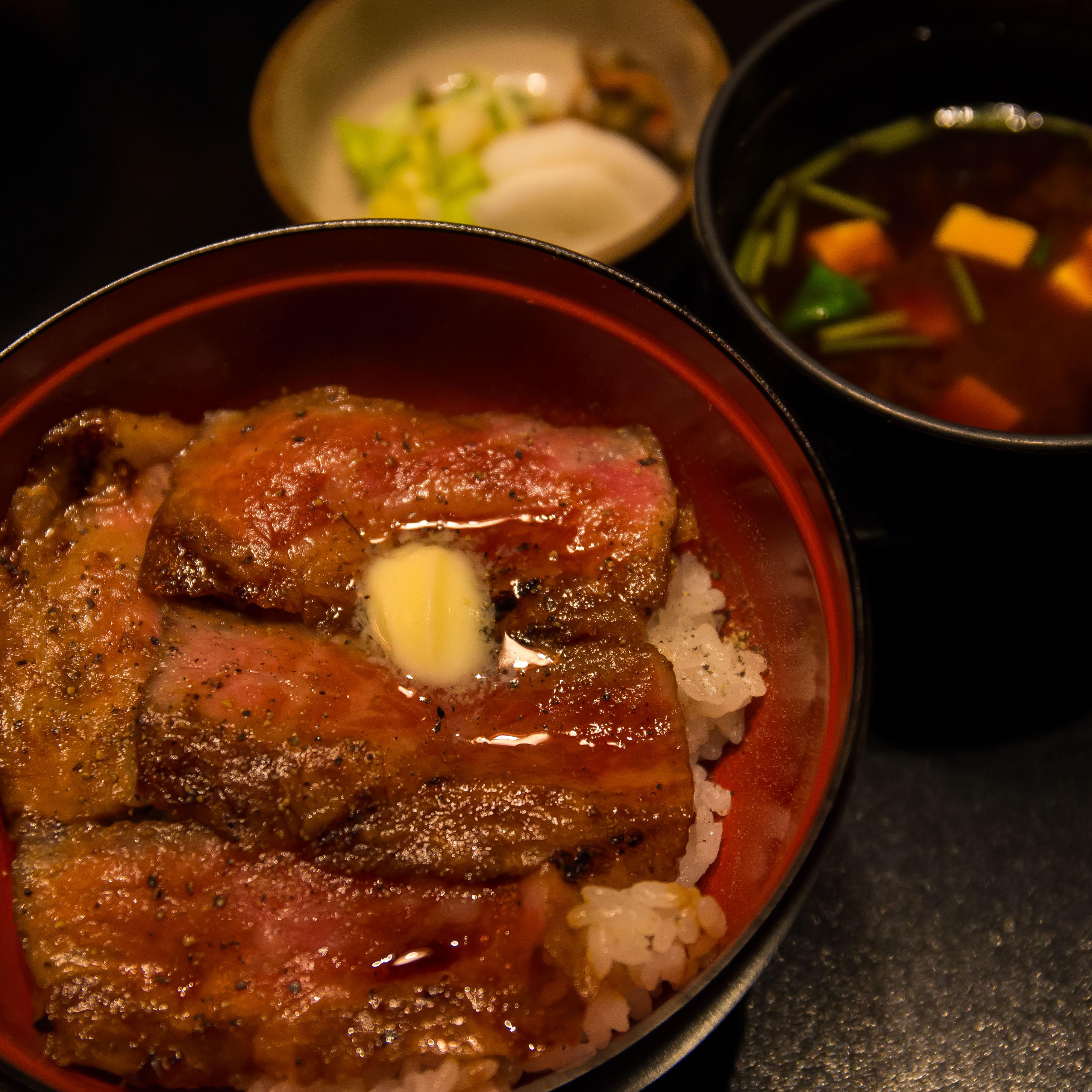 赤坂津つ井で会食(8)