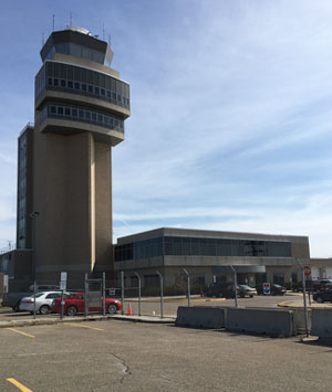 airportcontrol1.jpg