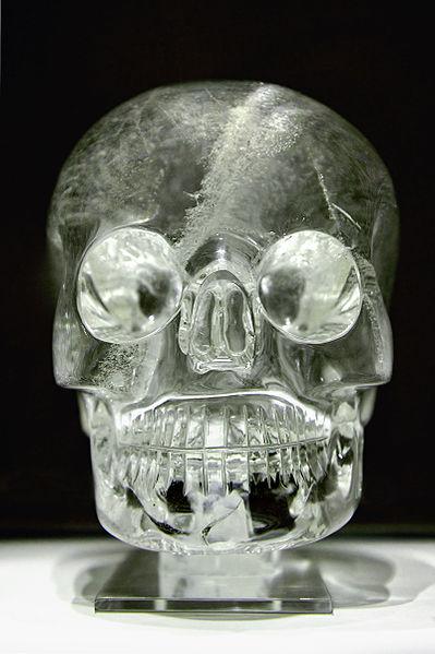 【オーパーツ】マヤ・アステカ文明時代に作られたとされる「水晶ドクロ」は全て偽物と確定