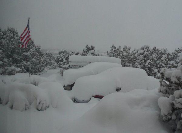 アメリカで「竜巻や洪水」が相次ぐ…ニューメキシコ州では「大雪・ブリザード」で非常事態宣言