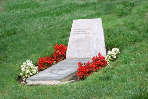 Grave78678.jpg