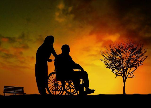 【介護保険料】厚労省「要介護1、2の人は原則、全額自己負担」を検討