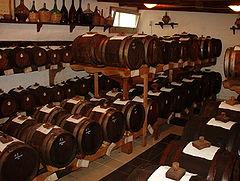 240px-Barrels_vinegar.jpg