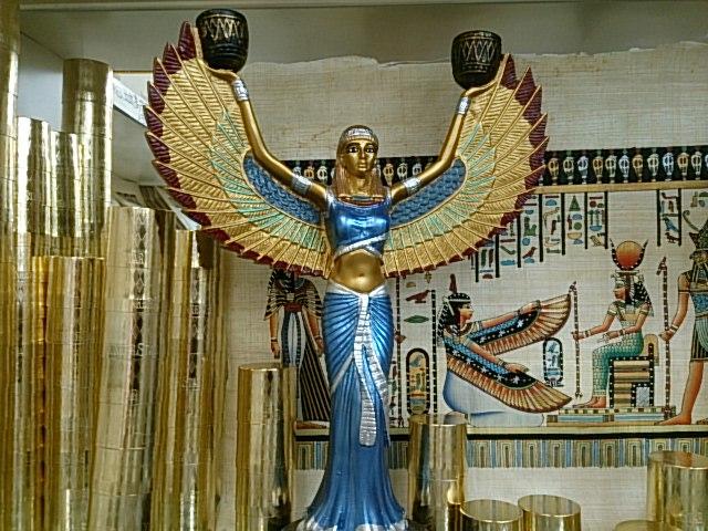 女神イシス2