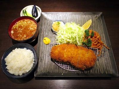 20160116TONKYUU_kurobutaro-sukatu.jpg