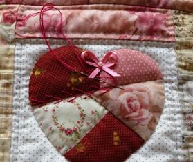 16ハートのポーチ刺繍