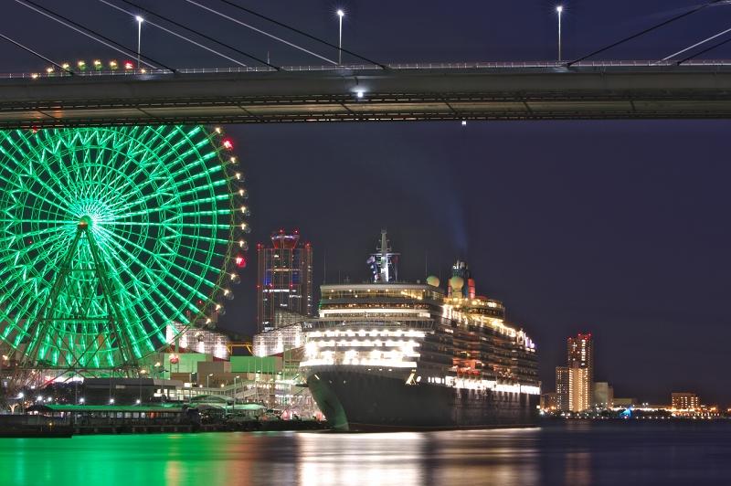 クイーン・エリザベス 大阪港 天保山