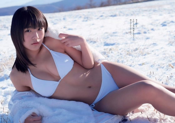 浅川梨奈 週プレ最新号の雪山Eカップ水着グラビア 画像36枚 4