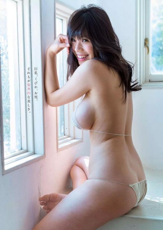 鈴木ふみ奈 写真集奇跡のH。販促イベントのHカップ爆乳 画像28枚 13