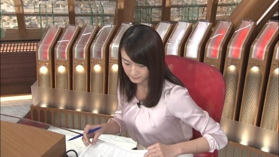 大島由香里 Dカップ着衣巨乳を空中ヨガで披露する女子アナウンサー 画像30枚 2