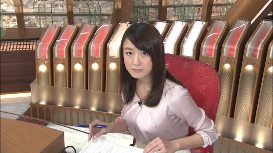 大島由香里 Dカップ着衣巨乳を空中ヨガで披露する女子アナウンサー 画像30枚 3