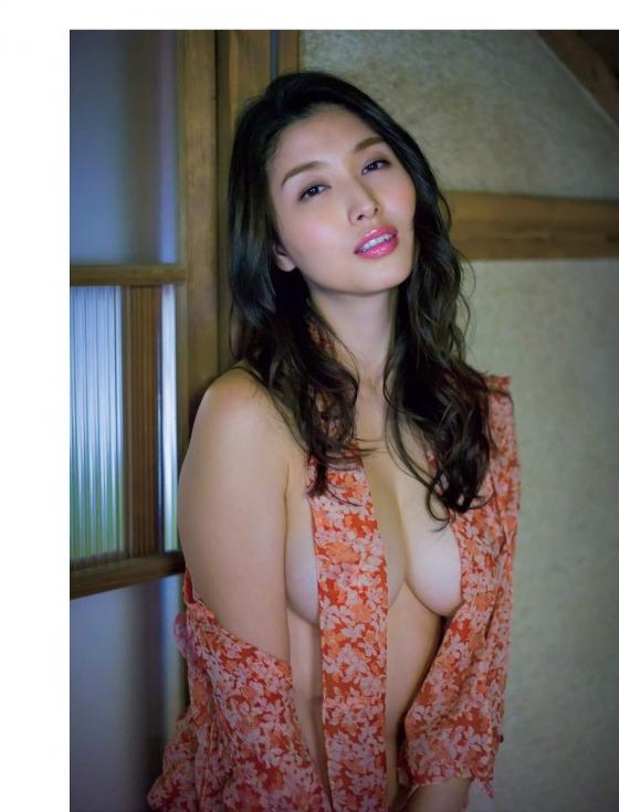 橋本マナミ FLASH袋とじのGカップ&巨尻官能グラビア 画像26枚 19