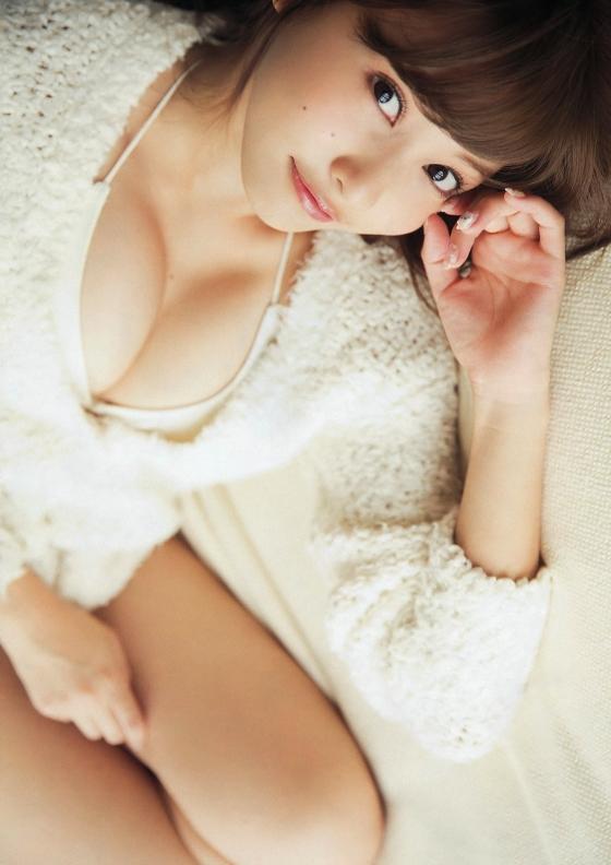 佐野ひなこ ヤングマガジンのショートヘアFカップ水着姿グラビア 画像23枚 19